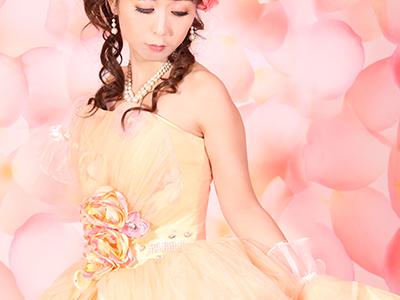 MONICAのドレス