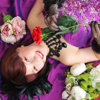 写真:紫のカラードレスでドレス変身撮影☆
