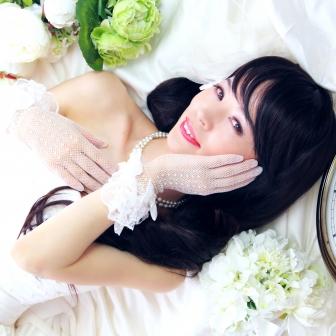 写真:ウェディングドレスでモニカスタジオ撮影☆