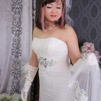 写真:花魁体験リピーター様の美しいドレス変身写真