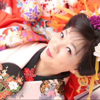 写真:ピンクのお着物×赤の打掛で古典花魁撮影☆