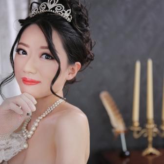 写真:ウェディングドレス&古典風花魁!1日で2回変身体験