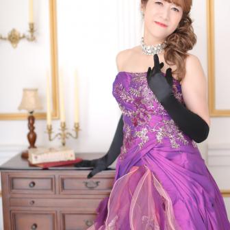 写真:紫のドレスでドレス変身プラン♪
