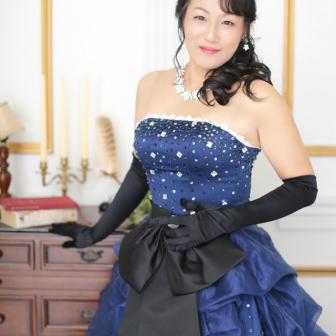 写真:全カットドレス花魁プランでスタジオ撮影