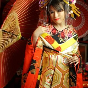 写真:【古典風花魁】赤と黒で情熱的でカッコイイ花魁!