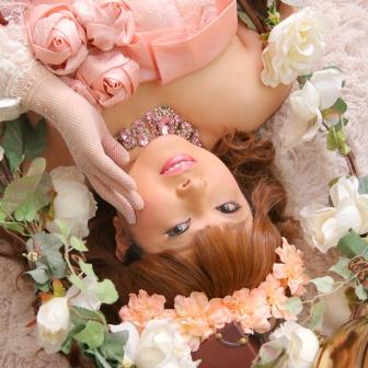 写真:女優のように美しいドレス変身と古典風花魁体験