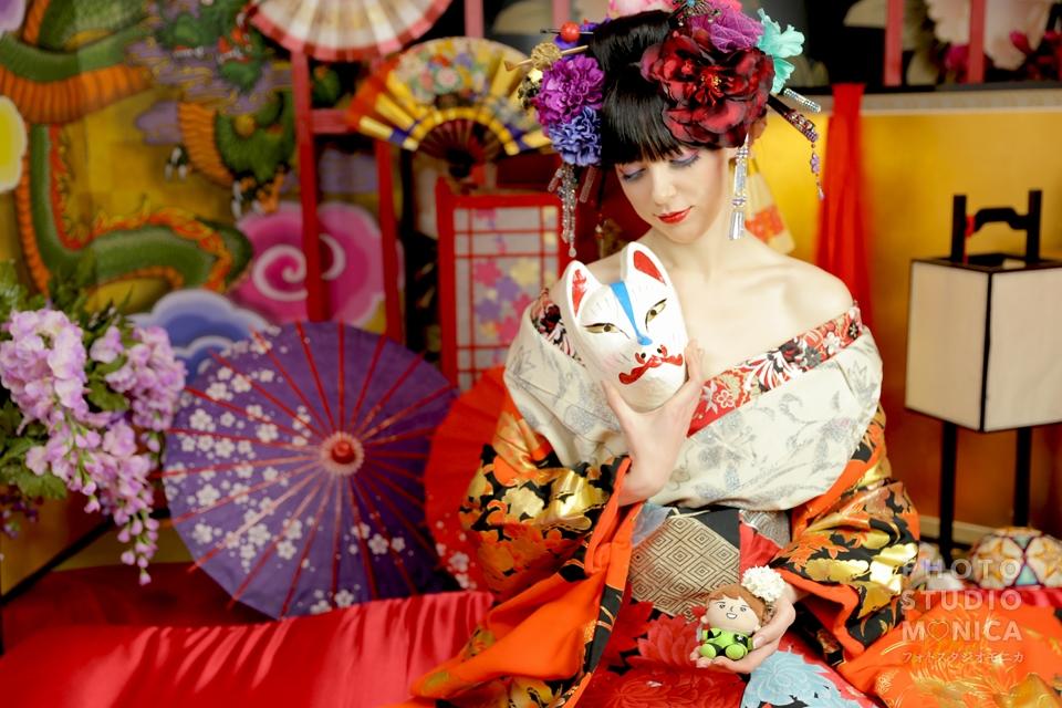 写真:ボイメン小林豊さんと同じ現代風花魁の衣装で
