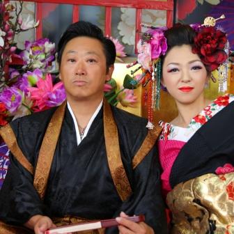 写真:男性もノリノリのカップル花魁体験&女性単独撮影
