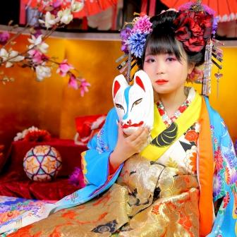 写真:【現代風花魁】可愛らしい色遣いのちっちゃな花魁さん♡