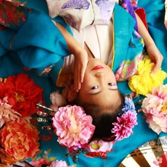 写真:母娘で美の饗宴!古典風花魁&可愛いちび花魁姉妹