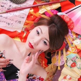 写真:艶やかな美人古典風花魁